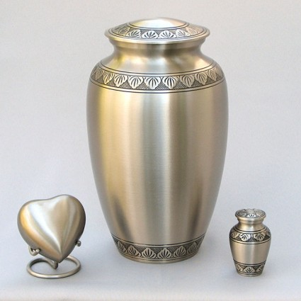 Venetian Pewter | Thompson Funeral Service