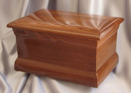 Polished Oak | Thompson Funeral Service